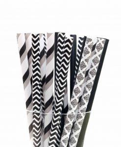 Mix af papirsugerør i sorte og hvide farver